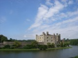 Leeds Castle: A daytrip to see Leeds Castle in Kent.