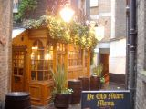 London Pubs: A scouting mission for some nice old pubs in the city of London.