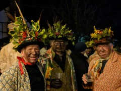 Wassail January 2018: A weekend jaunt to rural Herefordshire to attend the Leominster Morris Wassail in Dilwyn.